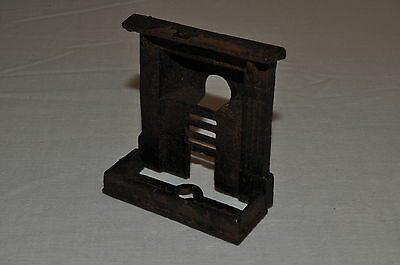 E701 Vintage Doll's House REAL Cast Iron Fireplace and Hearth '20's A/-