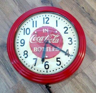 """Vntg Red Dot Model 1H1308 Electric """"in Coca-Cola Bottles"""" Wall Clock 11"""" Works"""