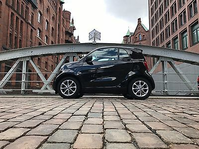 Smart FORTWO 453 EZ 06/2017 4.500km Panoramadach TWINAMIC 90PS ready to share