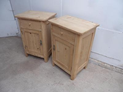 A Quality Pair of Late Victorian Antique Pine Rounded Edge Bedside Cabinets
