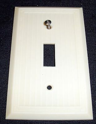 Vintage Art Deco MM Dashed Ribbed Lines Ivory Color Bakelite Switch Plate Cover
