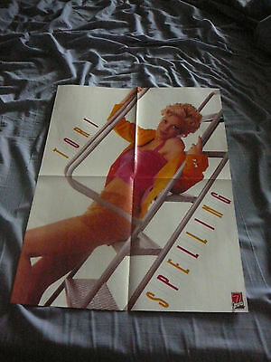 TORI SPELLING 90210 PIN UP POSTER PHOTO AFFICHE 16 x 21 CLIPPING
