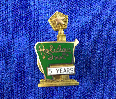 Vintage Holiday Inn Hotel 5 Years Service Employee Advertising Pin 1/10 10KGF