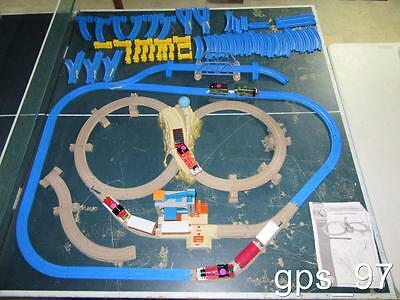 Thomas The Tank Engines(4x), Cars & Track Sets w/ extra track-In excellent Shape