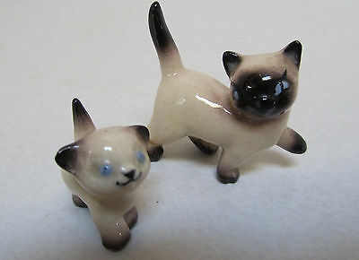 VINTAGE Small Ceramic Lot of 2 SIAMESE MOTHER CAT & KITTEN Figurines Very Cute!