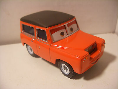 Mattel Disney Pixar Voiture CARS 2 Die Cast Metal 1/55 MAURICE WHEELKS
