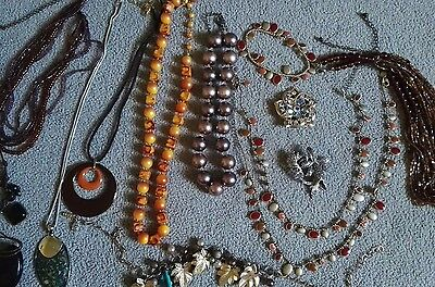 Super lot 10 vintage costume jewellery beads necklaces. All complete wearable.