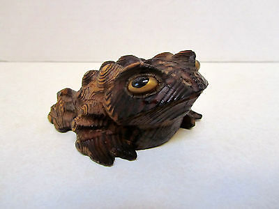 VINTAGE Hand Carved TOAD Cryptomeria Wood Figurine JAPAN