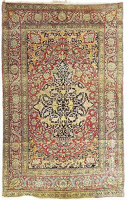 Antique Persian Isfahan rug. 7'x 4'6""