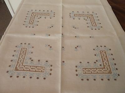 Vintage  Linen Embroidered Tablecloth Cream