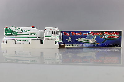 Hess 1999 Toy Truck and Space Shuttle with Satellite New in Open Box NIOB