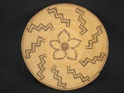 Very nice, tightly woven Apache basket, American Indian Basket, circa: 1925