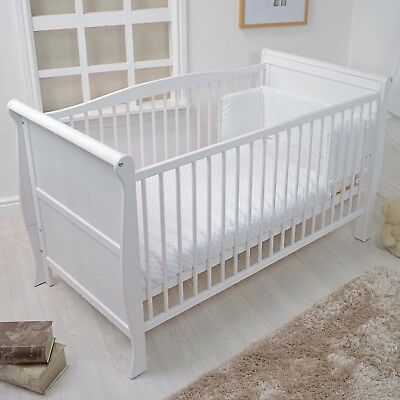 New 4Baby White Dimple Cot / Cot Bed Baby Quilt & Bumper 2 Piece Bedding Set