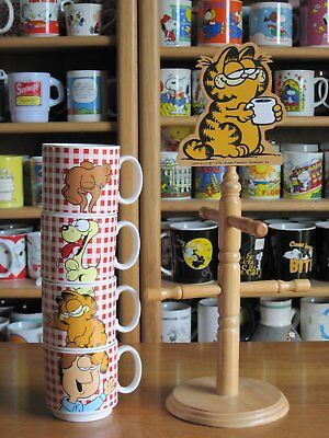 Garfield Mugs And Tree Ceramic Enesco