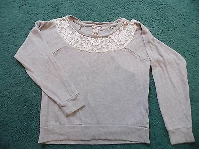 Girls Forever 21 Gray Top With Lace Size Large (10/12)