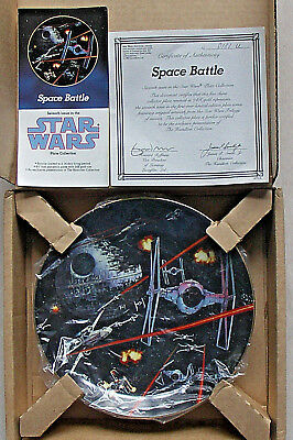 STAR WARS SPACE BATTLE PLATE 7th IN FIRST SERIES  BY THE HAMILTON COLLECTION NEW