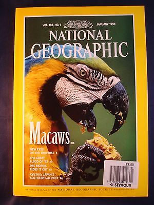 National Geographic - January 1994 - Macaws