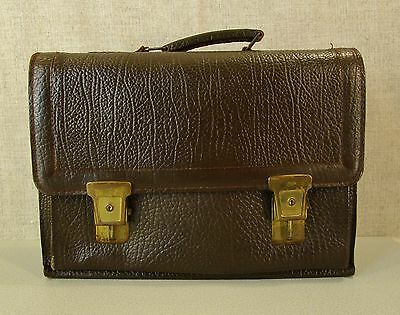 Antiq Lg Br Cow Hide Leather Lawyer Doctor Case Briefcase Zipper Pocket Brass