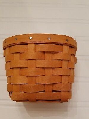 "Pre-owned Longaberger ""Oregano"" Basket"