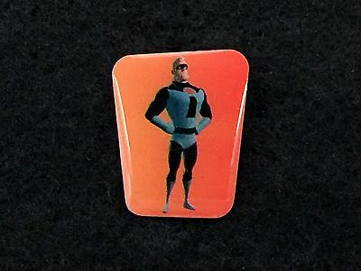 Disney Paris Trading Pin Pixar The Incredibles Blue Suit Bob Carrefour Plastic