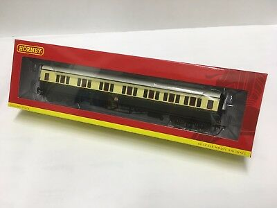 Hornby R4683, GWR Collett Coach Corridor Composite RH - 1930s Brown and Cream