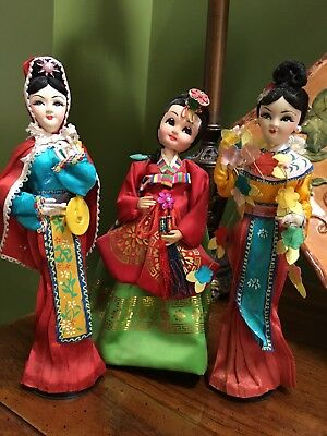 3 Beautiful Asian Oriental Japanese Chinese Dolls Geishas in original clothes