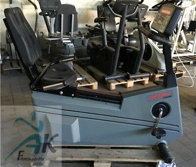Life Cycle Recumbent Bike 9500 HR