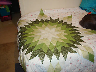 COLOR WHEEL - SHADES OF GREEN FAIRY FROST STAR - Not Quilted