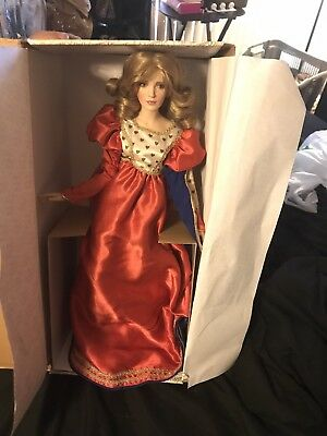 Franklin Mint Heirloom Queen Or Hearts Doll