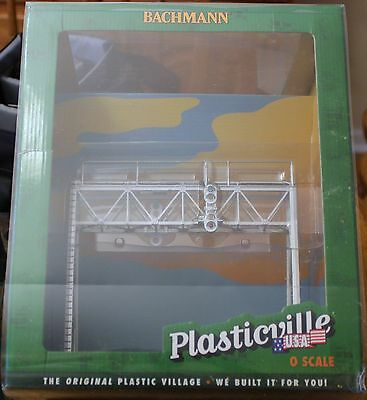 O Scale - BACHMANN Plasticville 45309 Assembled Signal Bridge ( Non-Operating )