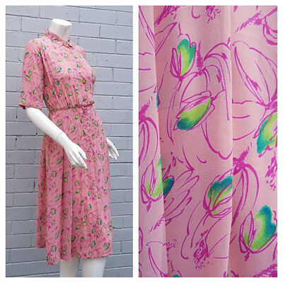 Vintage 1980s Dusty Pink Floral Point Collar Short Sleeve Pleat Midi Dress Small