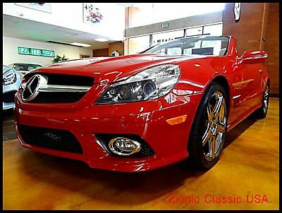 2009 Mercedes-Benz SL-Class 2-Door Roadster 2009 Red V8 SL550 Hard Top Convertible, Low Miles, Plush, Sport Package.