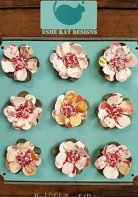 Small paper flowers for scrapbooking - Strawberry cream - pk 9