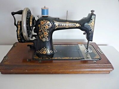 "Vintage JONES Family ""Federation""Hand Crank Sewing machine+key+extras c1920s"