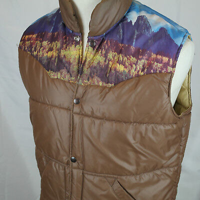 1970's Sears Western Wear Mountain Photo Print Medium Puffy Brown Vest: Mountain