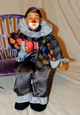 """19"""" HAND CRAFTED JESTER/HARLEQUIN CLOWN DOLL w/HUGE HEART by G B RETAILERS - EUC"""