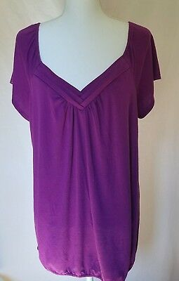 Two hearts ladies maternity shirt top size XL, nice neck detail, short sleeves