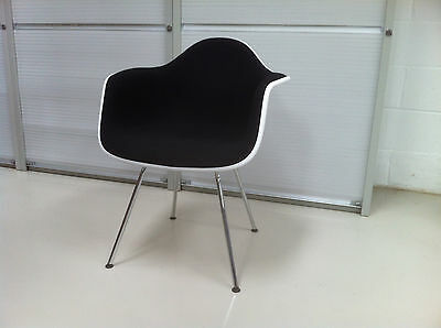 Vitra Charles & Ray Eames DAX Full Upholstrey chair