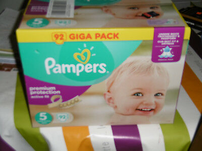 Pampers Giga Pack 92 Couches Active Fit Premium Protection Taille 5 Midi 11 23kg