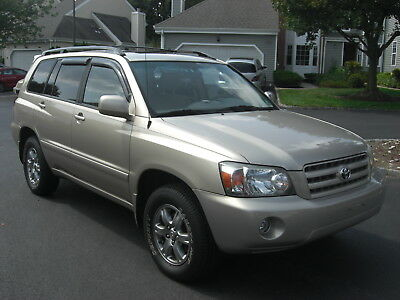 2006 Toyota Highlander Liimted 2006 Toyota Highlander Limited AWD in Fantastic condition