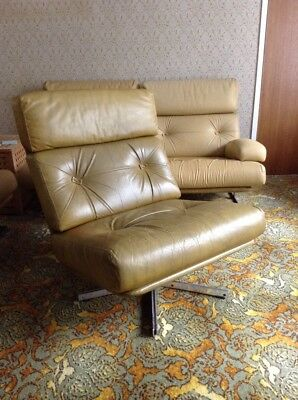 1970s Swivel Chair - Tan Leather