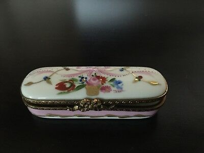 Limoges LAURE SELIGNAC Hand Painted Porcelain Box
