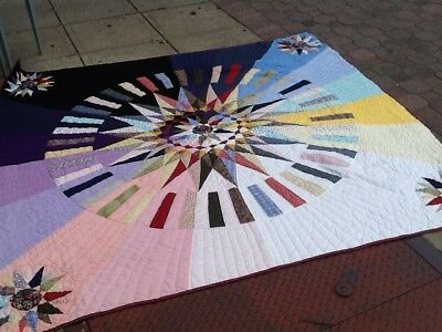 ANTIQUE HANDMADE MULTI COLOR STAR OR SUN DESIGN QUILT 80x83 MUST SEE NO RESERVE