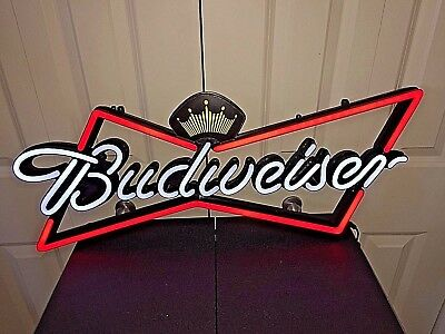 MINT! !NEW!! BUDWEISER LED BEER SIGN! NR! New In Box!!