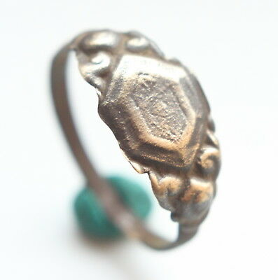 Antique Post Medieval Bronze Finger Ring (AVG)