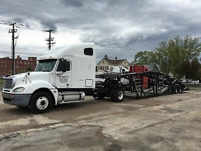 05 Freightliner with 53' WallyMo Car Carrier