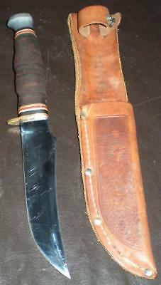 Vintage Kabar 1237 Hunting Knife with Leather Sheath