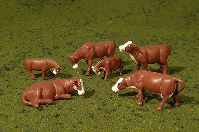 Bachmann 33152 O-Scale Brown Cows with White (6)