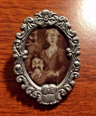 DECEMBER Haunted Mansion Cameo Portrait Pin UV INK Mystery Disney Pin 125370