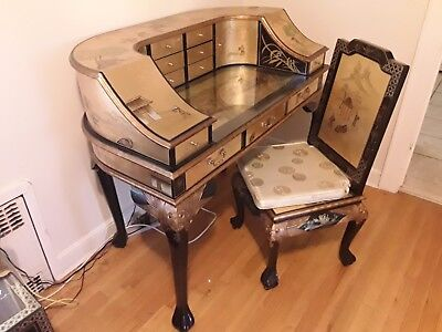 20th Century: Asian Gold Chinoiserie CARLTON HOUSE Style Writing Desk